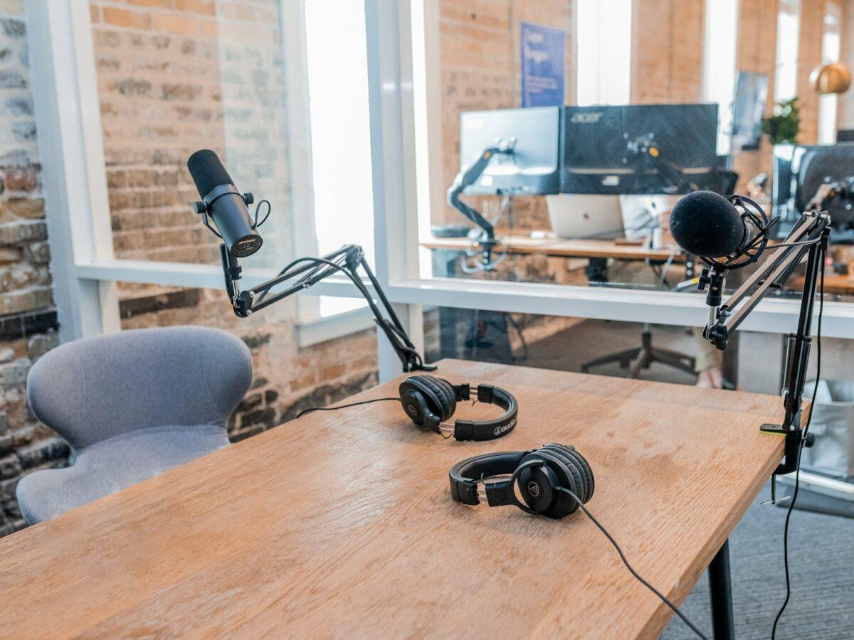 Wie luistert naar podcasts in Vlaanderen?
